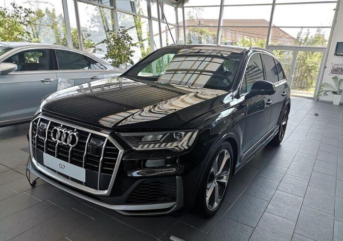 : Audi Q7