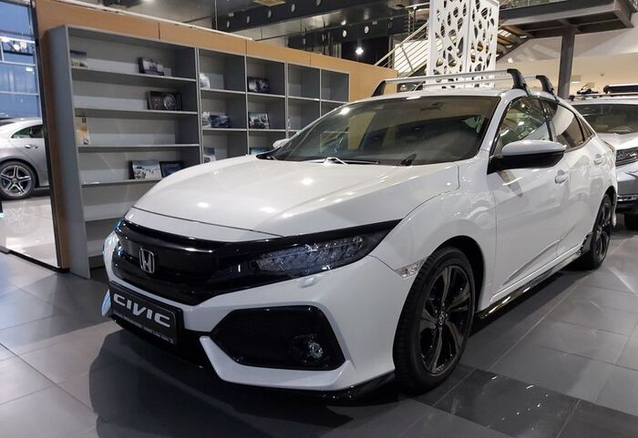 : Honda Civic 5D