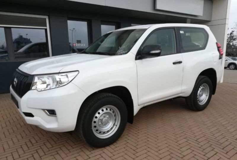 : Toyota Land Cruiser