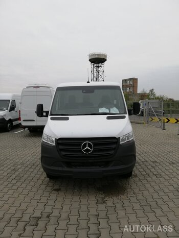MERCEDES-BENZ SPRINTER 516 : Mercedes-Benz SPRINTER
