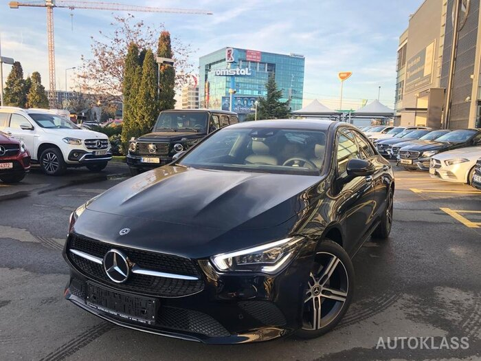 MERCEDES-BENZ CLA 220 Coupe : Mercedes-Benz CLA