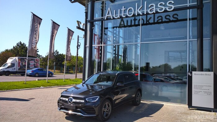 MERCEDES-BENZ GLC 220 d 4MATIC : Mercedes-Benz GLC
