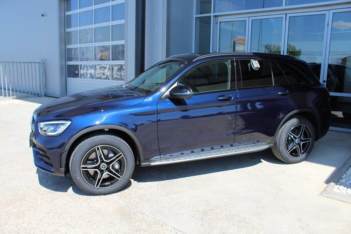 MERCEDES-BENZ GLC 300 e 4MATIC : Mercedes-Benz GLC
