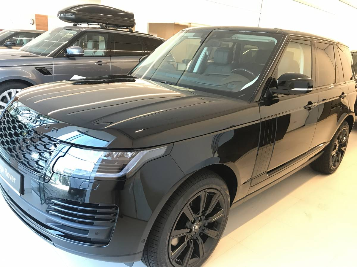 RANGE ROVER, 5 dr SUV SWB, 2.0 I4 PHEV 404CP 4WD Auto, Vogue 2020MY : Land Rover RANGE ROVER