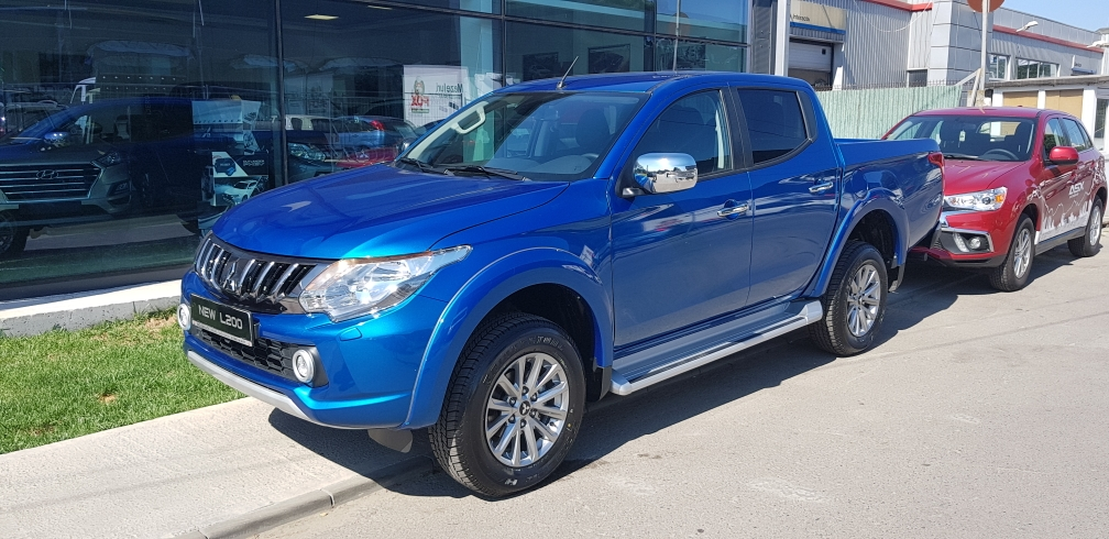 MY19 L200 Double Cab 2,4 DI-D Intense A/T High Power : Mitsubishi L200 DOUBLE CAB