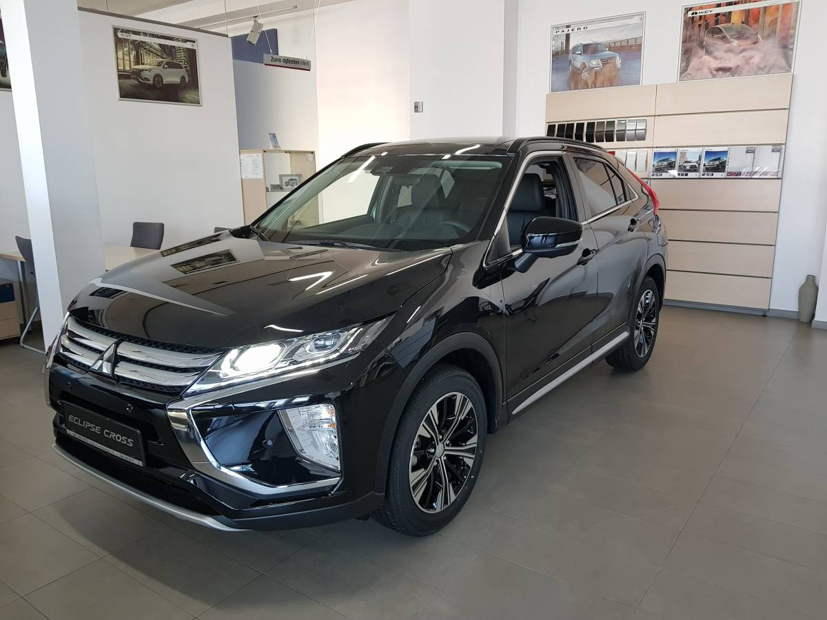ECLIPSE CROSS Instyle+ 1.5TC CVT 4WD : Mitsubishi ECLIPSE CROSS