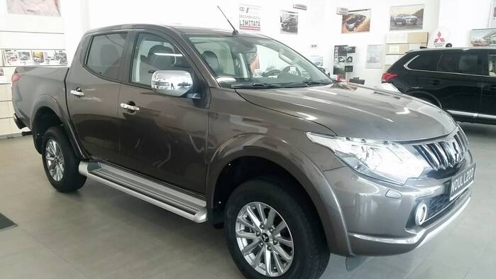 MY19 L200 Double Cab 2,4 DI-D Instyle A/T High Power : Mitsubishi L200 DOUBLE CAB