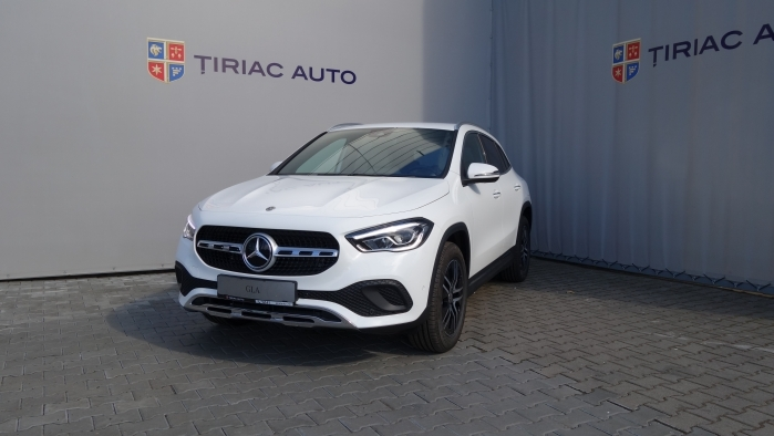 MERCEDES-BENZ GLA GLA 200 D 4MATIC  : Mercedes-Benz GLA