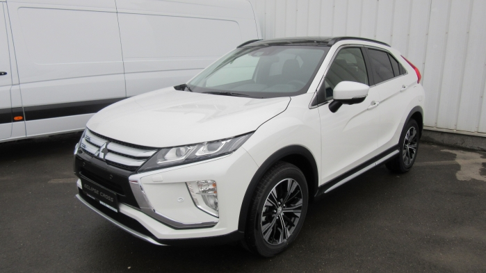 MITSUBISHI ECLIPSE CROSS ECLIPSE CROSS Instyle+ 1.5TC CVT 4WD  : Mitsubishi ECLIPSE CROSS