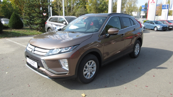 MITSUBISHI ECLIPSE CROSS MY18 ECLIPSE CROSS 1.5TC Invite MT 2WD  : Mitsubishi ECLIPSE CROSS