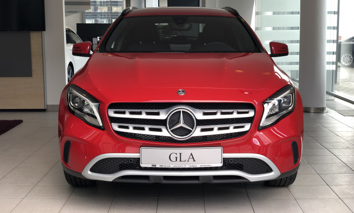 MERCEDES-BENZ GLA : Mercedes-Benz GLA