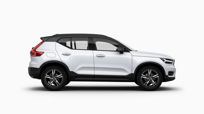 XC40 R-Design D4 AT8 AWD Crystal White Pearl 10806 : Volvo XC40 R-Design