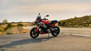 BMW Motorrad F900XR